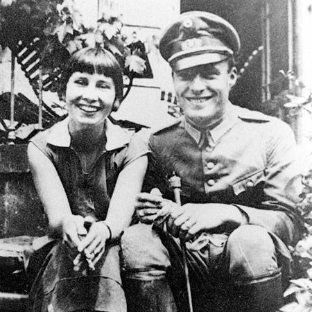 Stauffenberg con la moglie Nina